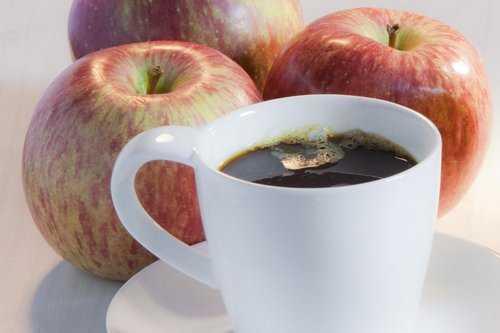 кофе с яблоком