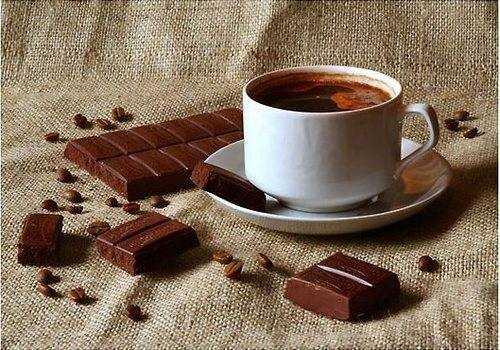 Рецепт кофе с шоколадом, медом и кардамоном