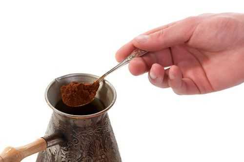 Сколько грамм кофе в чайной и столовой ложках