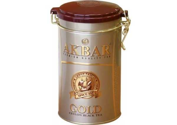 чай акбар в жестяной банке