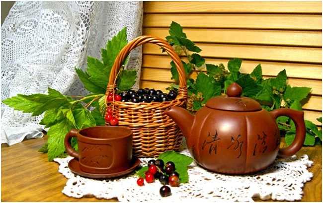 чай и ягоды