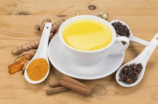 чай с перцем и куркумой