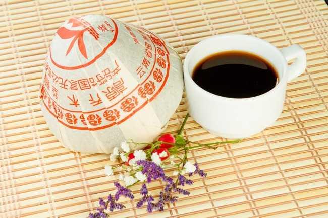 чашка чая шу-пуэр
