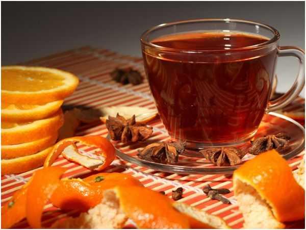 черный чай, апельсин и бадьян
