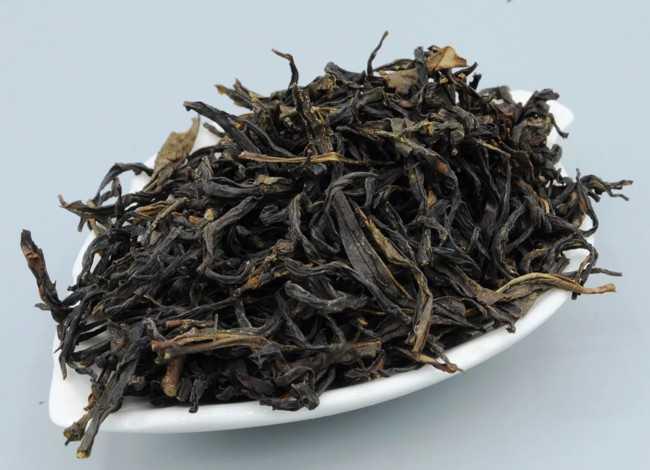 листья чая алеющий восток