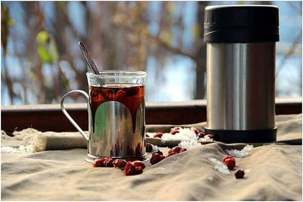 шиповниковый чай в термосе