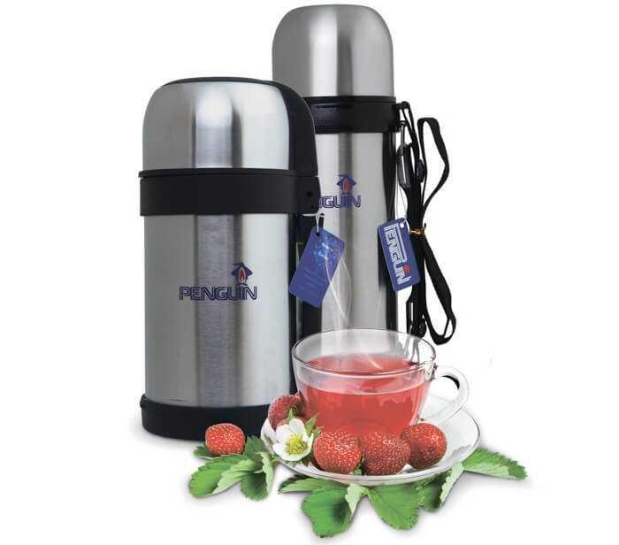 Термосы с чаем и клубникой
