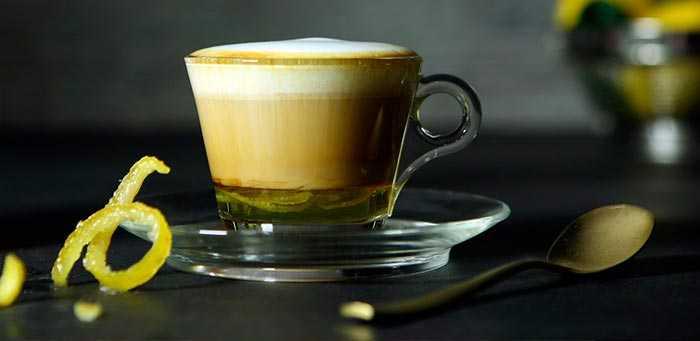 кофе с молоком и лимоном